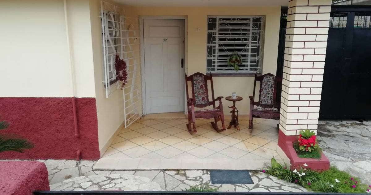 bed and breakfast bookings in Holguin